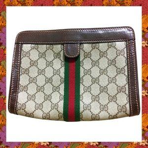 9eea95ff791 Vintage Gucci Parfums Supreme Canvas Clutch - Vtg